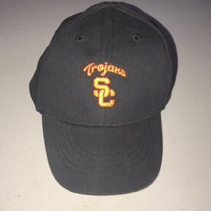 Infant black USC Trojans cap